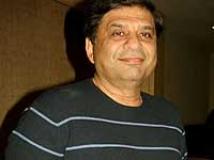 https://www.filmibeat.com/img/2010/02/16-ravi-chopra-160210.jpg