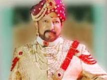 https://www.filmibeat.com/img/2010/02/25-aptha-rakshaka-250210.jpg