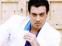 https://www.filmibeat.com/img/2010/03/29-gavie-chahal-290310.jpg