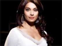 https://www.filmibeat.com/img/2010/04/03-bipasha-030410.jpg