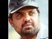https://www.filmibeat.com/img/2010/04/08-raj-kanwar-080410.jpg