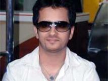 https://www.filmibeat.com/img/2010/04/14-raghav-sachar-140410.jpg