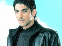 https://www.filmibeat.com/img/2010/04/23-zayed-khan-040707.jpg