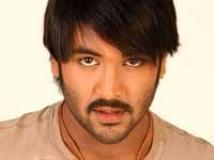 https://www.filmibeat.com/img/2010/05/19-manchu-vishnu-190510.jpg