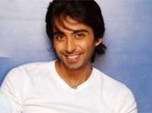 https://www.filmibeat.com/img/2010/07/02-rohit-khurana-020710.jpg