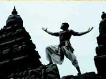 https://www.filmibeat.com/img/2010/07/03-madrasapattinam-030710.jpg