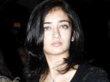 https://www.filmibeat.com/img/2010/07/07-akshara-hassan-070710.jpg