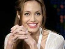 https://www.filmibeat.com/img/2010/07/23-angelina-jolie-080508.jpg
