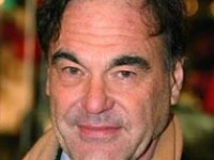 https://www.filmibeat.com/img/2010/07/28-oliver-stone-250908.jpg