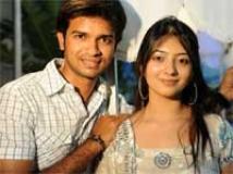 https://www.filmibeat.com/img/2010/08/04-parents-muhurat-040810.jpg