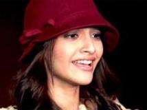 https://www.filmibeat.com/img/2010/08/07-sonam-kapoor-070810.jpg