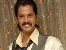 https://www.filmibeat.com/img/2010/08/11-uttham-110810.jpg