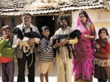 https://www.filmibeat.com/img/2010/08/16-peepli-live-120810.jpg