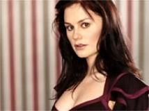 https://www.filmibeat.com/img/2010/08/18-anna-paquin-180810.jpg