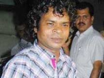 https://www.filmibeat.com/img/2010/08/19-omkar-das-manikpuri-190810.jpg