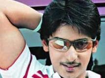 https://www.filmibeat.com/img/2010/08/24-prajwal-devaraj-131207.jpg