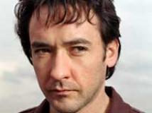 https://www.filmibeat.com/img/2010/08/30-john-cusack-300810.jpg