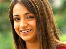 https://www.filmibeat.com/img/2010/08/13-trisha-300909.jpg