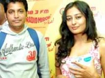 https://www.filmibeat.com/img/2010/09/01-sekhar-nidhi-010910.jpg