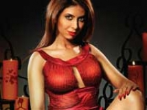 https://www.filmibeat.com/img/2010/09/03-mallika-030910.jpg