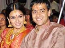 https://www.filmibeat.com/img/2010/09/03-soundarya-ashwin-030910.jpg