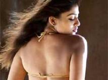 https://www.filmibeat.com/img/2010/09/29-nayantara-290910.jpg