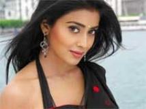 https://www.filmibeat.com/img/2010/12/16-shriya-saran-161210.jpg