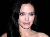 https://www.filmibeat.com/img/2010/12/17-angelina-jolie-070410.jpg