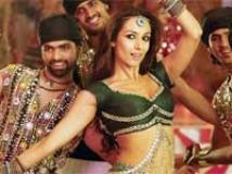https://www.filmibeat.com/img/2010/12/28-munni-badnaam-281210.jpg