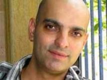 https://www.filmibeat.com/img/2011/01/13-abbas-tyrewala-120111.jpg