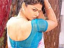 https://www.filmibeat.com/img/2011/02/09-anuya-bhagvath-090211.jpg