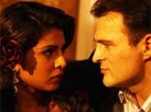 https://www.filmibeat.com/img/2011/02/22-7-khoon-maaf-220211.jpg