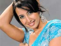 https://www.filmibeat.com/img/2011/04/19-sanjana-230410.jpg