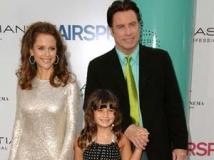 https://www.filmibeat.com/img/2011/05/05-john-travolta-family-050511.jpg