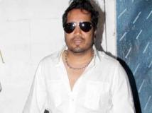 https://www.filmibeat.com/img/2011/05/05-mika-050511.jpg