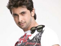 https://www.filmibeat.com/img/2011/05/09-tharun-chandra-090511.jpg