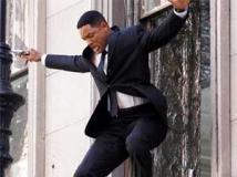 https://www.filmibeat.com/img/2011/06/09-men-in-black-090611.jpg
