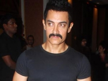 https://www.filmibeat.com/img/2011/06/24-aamir-khan-1-240611.jpg
