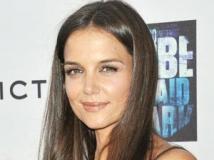 https://www.filmibeat.com/img/2011/06/28-katie-holmes-280611.jpg