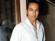 https://www.filmibeat.com/img/2011/07/12-sudhanshu-pandey-120711.jpg