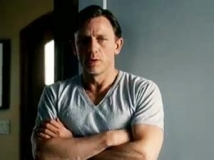 https://www.filmibeat.com/img/2011/07/21-daniel-craig-210711.jpg