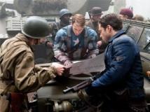 https://www.filmibeat.com/img/2011/07/25-captain-america-250711.jpg