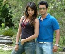 https://www.filmibeat.com/img/2011/07/30-ondu-kshanadalli-300711.jpg