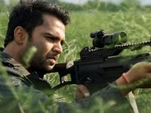 https://www.filmibeat.com/img/2011/10/14-sachiin-joshi-aazaan-141011.jpg