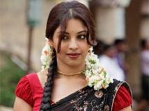 https://www.filmibeat.com/img/2011/10/25-richa-gangopadhyaya-251011.jpg