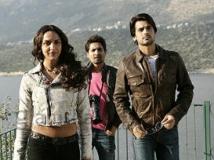https://www.filmibeat.com/img/2011/10/26-tell-me-oh-khuda-261011.jpg