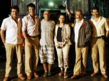 https://www.filmibeat.com/img/2011/11/14-chaalis-chauraais-141111.jpg