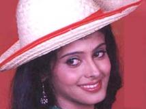 https://www.filmibeat.com/img/2011/11/14-chandini-sony-141111.jpg