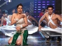 https://www.filmibeat.com/img/2012/01/06-tanisha-singh-shooting-060112.jpg
