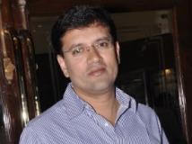 https://www.filmibeat.com/img/2012/04/05-pramod-joshi-050412.jpg